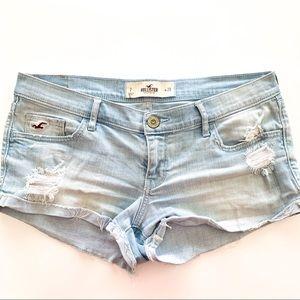 Hollister Shorts jeans size 28 B558